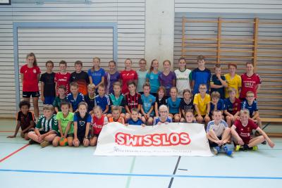 Die fast 40 Teilnehmer des diesjährigen Poly-Lagers turnten und spielten fünf Tage lang motiviert in der Mehrzweckhalle. (Bild: Esther Heinzer)
