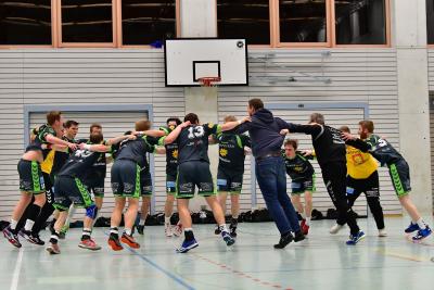 Die Handballer des KTV Muotathal konnten in der vergangenen Saison einige Siege feiern und werden hoffentlich auch in der kommenden wieder viel Erfolg haben. (Bild: Andy Scherrer)