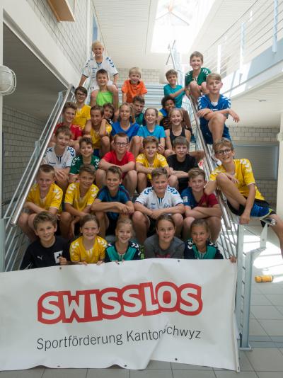 Die sportbegeisterten Kinder durften eine anstrengende und verletzungsfreie Polysport-Woche erleben. (Bild: Esther Heinzer)