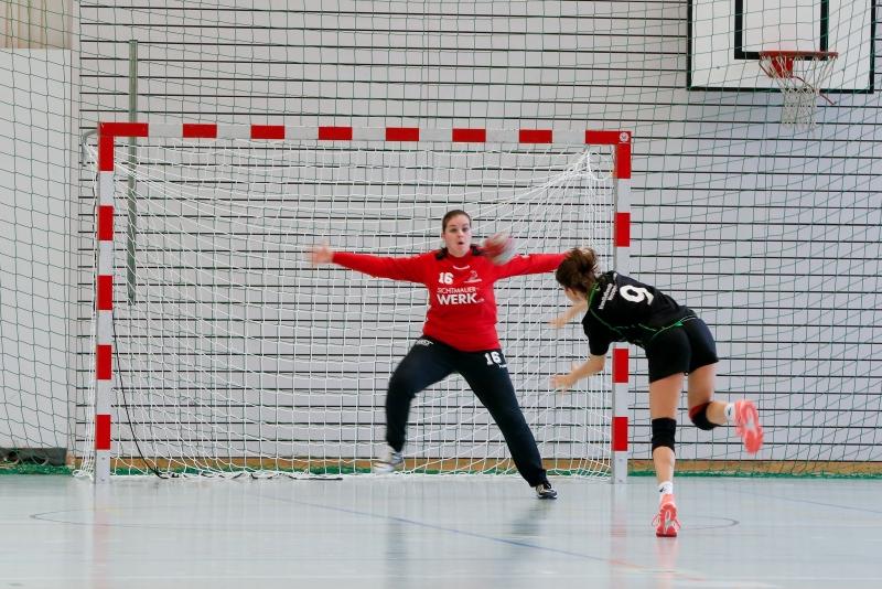 Eliane Föhn musste in den letzten Sekunden ihr ganzes Können unter Beweis stellen. (Bild: Esther Heinzer)