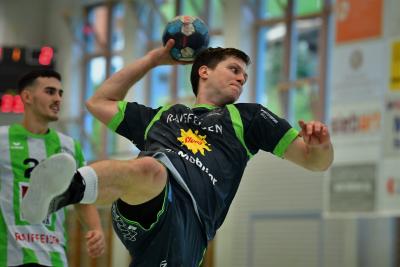 Best-Player Alex Suter leitete super Regie steuerte zwölf Tore zum Sieg gegen Emmen bei.  (Bild: Andy Scherrer)