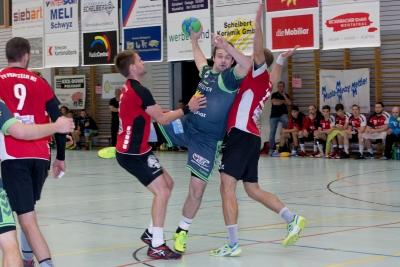 Die Handballer des KTV Muotathal (hier mit Kevin Heinzer am Ball) wollen gegen Dagmersellen weiter Punkten und damit einen grossen Schritt in Richtung Finalrunde machen. (Bild: Esther Heinzer)