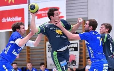 In Visp wird ein hartes Spiel erwartet und es braucht starke Durchschlagkraft wie hier Patrick Föhn am Ball um gegen die Walliser erfolgreich sein zu können. (Bild: Andy Scherrer)