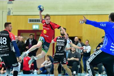 Letzte Saison konnte Emmen und Muotathal, hier mit Matteo Schelbert am Ball, je einmal gewinnen. (Bild: Andy Scherrer)